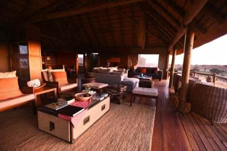Fotoreise-Kalahari-Ta-Shebube-Rooiputs-Lounge-1