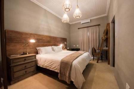Fotosafari-Zimanga-Lodge-Zimmer-II